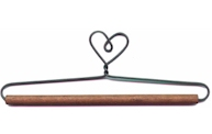 6in Heart Wire Hanger With 0.25in Dowel