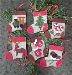 Warm Feet - Felt Ornament Kits -6